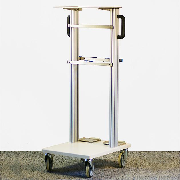 Fahrstativ Universal 1.1 für Narkosegeräte   TSL Medizintechnik. Für den mobilen und stationären Anästhesiearbeitsplatz. Kombinierbar mit allen gängigen Wandnarkosegeräten und mobilen Narkosegeräten.