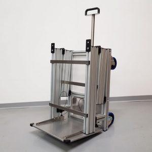 Klappfahrstativ für den mobilen Anästhesiearbeitsplatz | TSL Medizintechnik