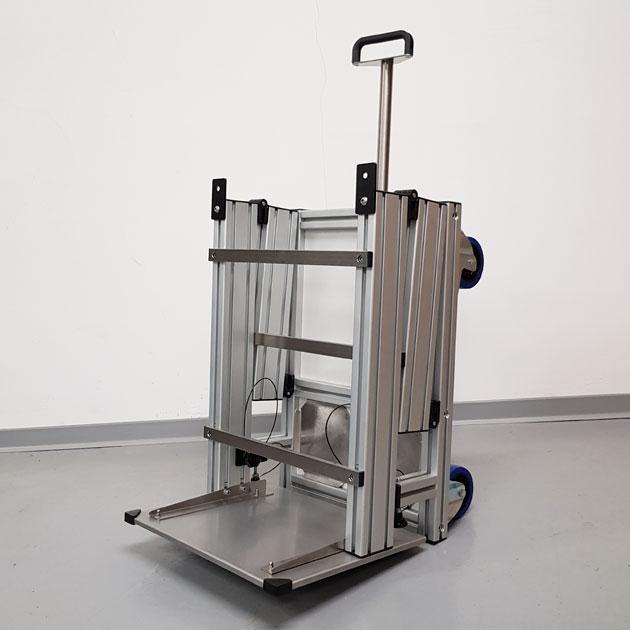 Klappfahrstativ 1.2 für mobile Narkosegeräte   TSL Medizintechnik. Für den mobilen Anästhesiearbeitsplatz. Kombinierbar mit allen gängigen mobilen Narkosegeräten.
